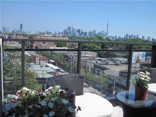 Photo 2: 130 Rusholme Rd Unit #602 in Toronto: Dufferin Grove Condo for sale (Toronto C01)  : MLS®# C3869468