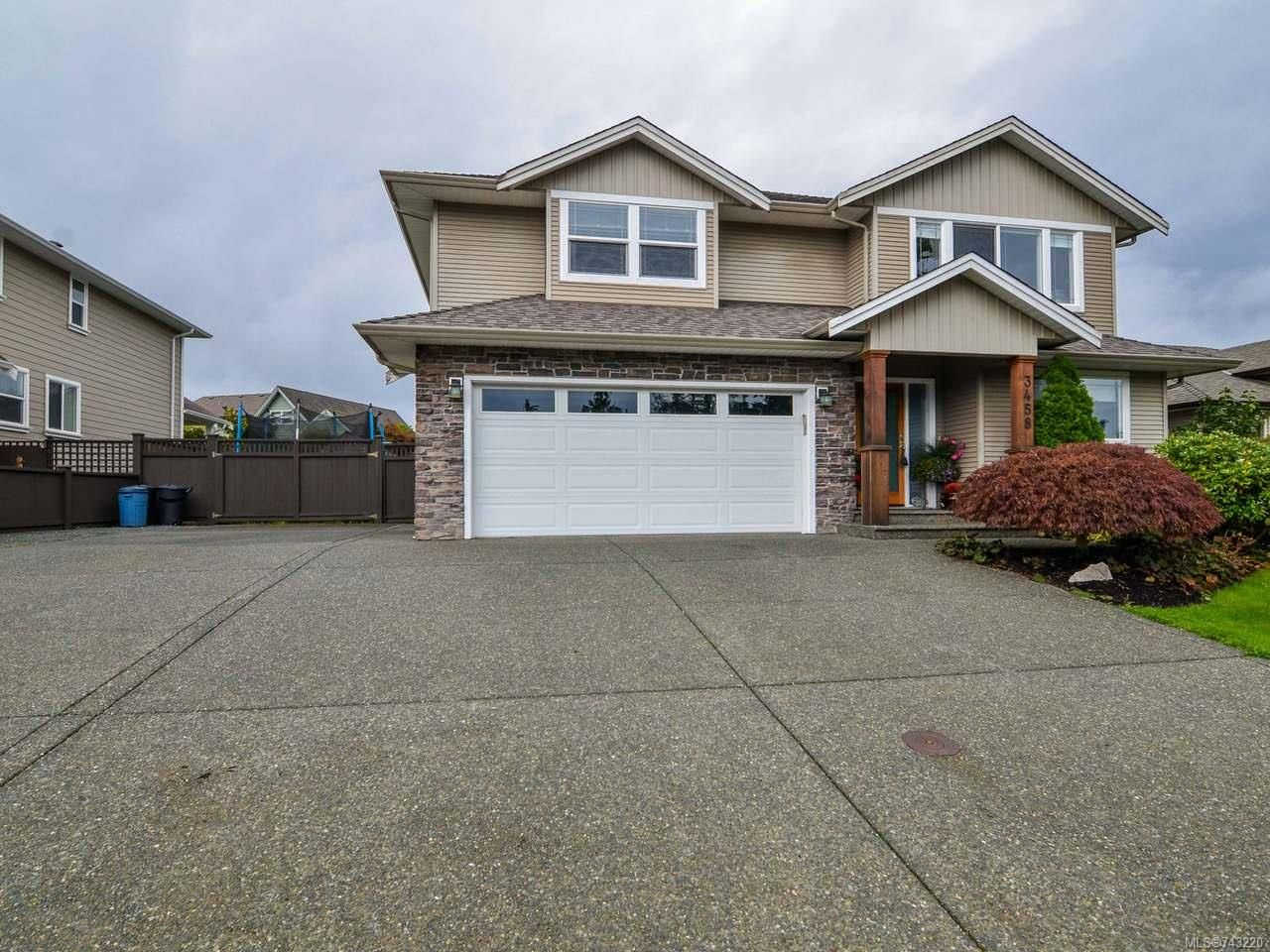 Main Photo: 3458 Montana Dr in CAMPBELL RIVER: CR Willow Point House for sale (Campbell River)  : MLS®# 743220