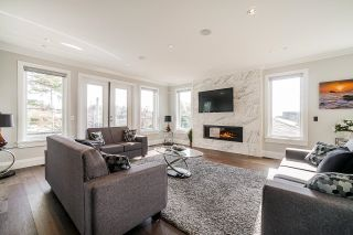 """Photo 5: 1551 ARCHIBALD Road: White Rock House for sale in """"West White Rock"""" (South Surrey White Rock)  : MLS®# R2605550"""