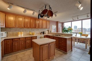Photo 1: 902 1001 14 Avenue SW in Calgary: Beltline Apartment for sale : MLS®# A1105005