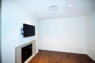 Photo 5: 3305 1011 W CORDOVA STREET in Vancouver: Coal Harbour Condo for sale (Vancouver West)  : MLS®# R2003237