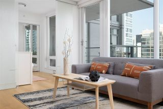 Photo 8: 1707 565 SMITHE STREET in Vancouver: Downtown VW Condo for sale (Vancouver West)  : MLS®# R2505177