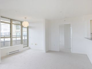 """Photo 14: 720 2799 YEW Street in Vancouver: Kitsilano Condo for sale in """"TAPESTRY AT THE O'KEEFE"""" (Vancouver West)  : MLS®# R2605737"""