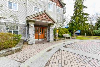 """Photo 4: 207 10186 155 Street in Surrey: Guildford Condo for sale in """"The Sommerset"""" (North Surrey)  : MLS®# R2544813"""