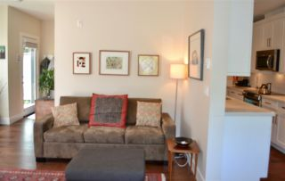 """Photo 4: 1787 NAPIER Street in Vancouver: Grandview VE Townhouse for sale in """"ROBERTSON PLACE"""" (Vancouver East)  : MLS®# R2171675"""