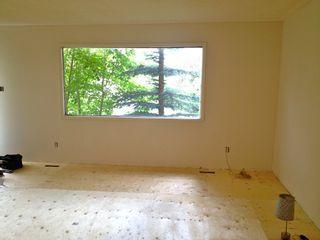 Photo 2: 6705 137 Avenue NW: Edmonton House Half Duplex for sale : MLS®# E3341959