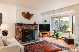 Photo 6: 905 Oliphant Ave in : Vi Fairfield West Row/Townhouse for sale (Victoria)  : MLS®# 857217
