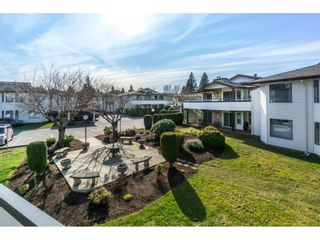 """Photo 1: 220 15153 98 Avenue in Surrey: Guildford Townhouse for sale in """"Glenwood Villiage"""" (North Surrey)  : MLS®# R2246707"""