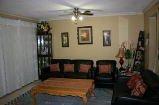Photo 5: 11 9955 140 Street in Timberland: Home for sale : MLS®# F1008341