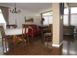 Photo 12: 140 MAPLEBURN Drive SE in CALGARY: Maple Ridge Residential Detached Single Family for sale (Calgary)  : MLS®# C3495102