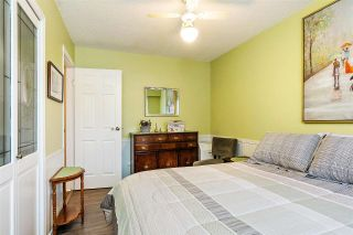 Photo 12: 17027 HEREFORD PLACE in Surrey: Cloverdale BC House for sale (Cloverdale)  : MLS®# R2435487