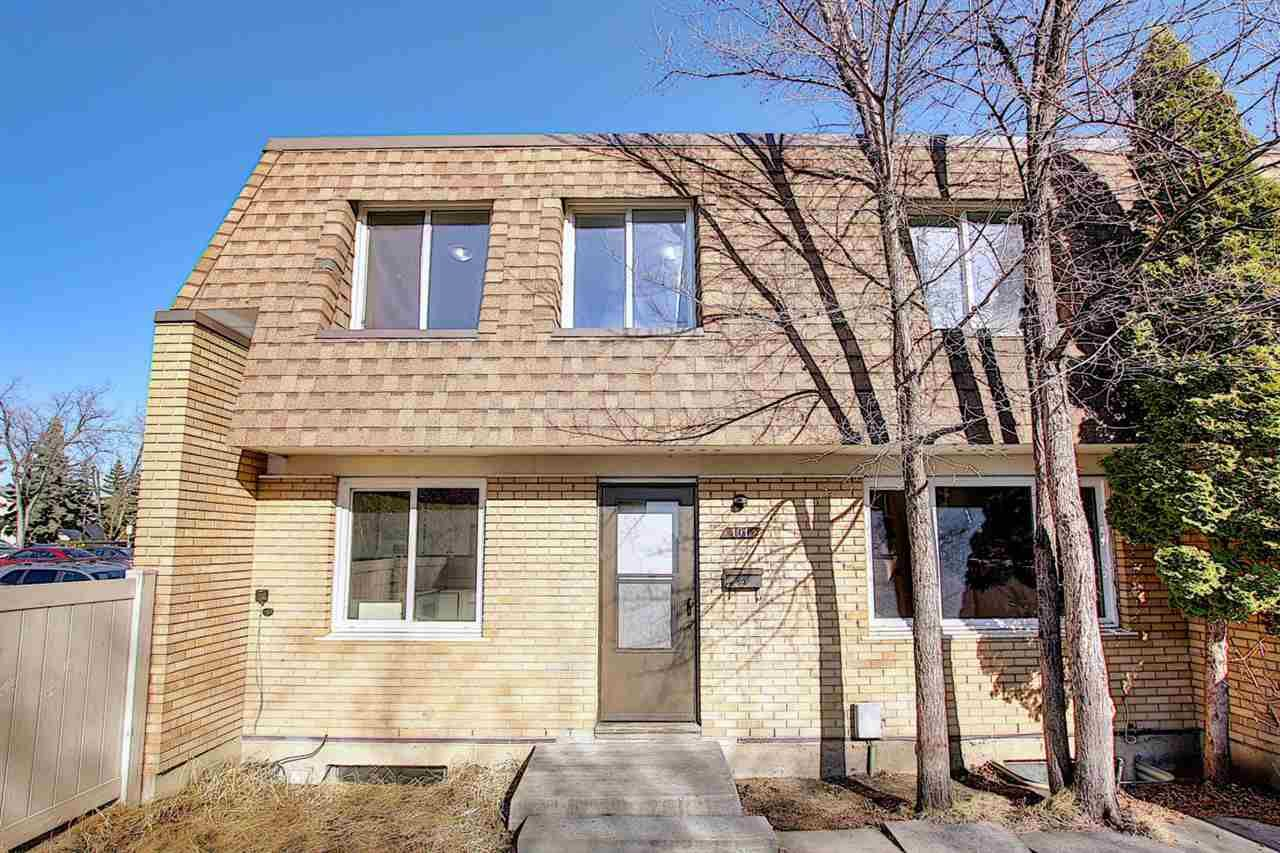 Main Photo: 191 LONDONDERRY Square in Edmonton: Zone 02 Townhouse for sale : MLS®# E4238210