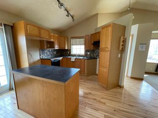 Photo 8: 111 Ridgebrook Drive SW: Airdrie Detached for sale : MLS®# A1102417