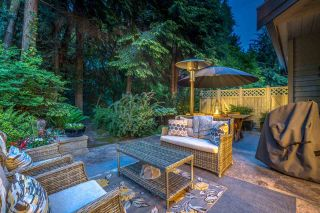 """Photo 10: 42 1550 LARKHALL Crescent in North Vancouver: Northlands Townhouse for sale in """"NAHANEE WOODS"""" : MLS®# R2586696"""