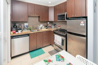 """Photo 13: 8 1863 WESBROOK Mall in Vancouver: University VW Townhouse for sale in """"ESSE"""" (Vancouver West)  : MLS®# R2329957"""