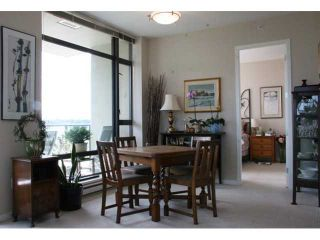 """Photo 4: 903 4250 DAWSON Street in Burnaby: Brentwood Park Condo for sale in """"OMA 2"""" (Burnaby North)  : MLS®# V900714"""
