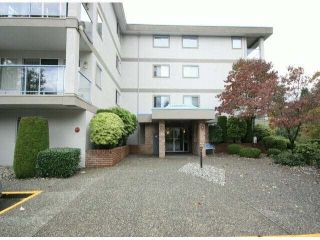 "Photo 2: 303 33090 GEORGE FERGUSON Way in Abbotsford: Central Abbotsford Condo for sale in ""Tiffany Place"" : MLS®# F1425343"