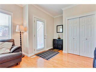 Photo 2: 2143 17 Street SW in Calgary: Bankview House for sale : MLS®# C4024274