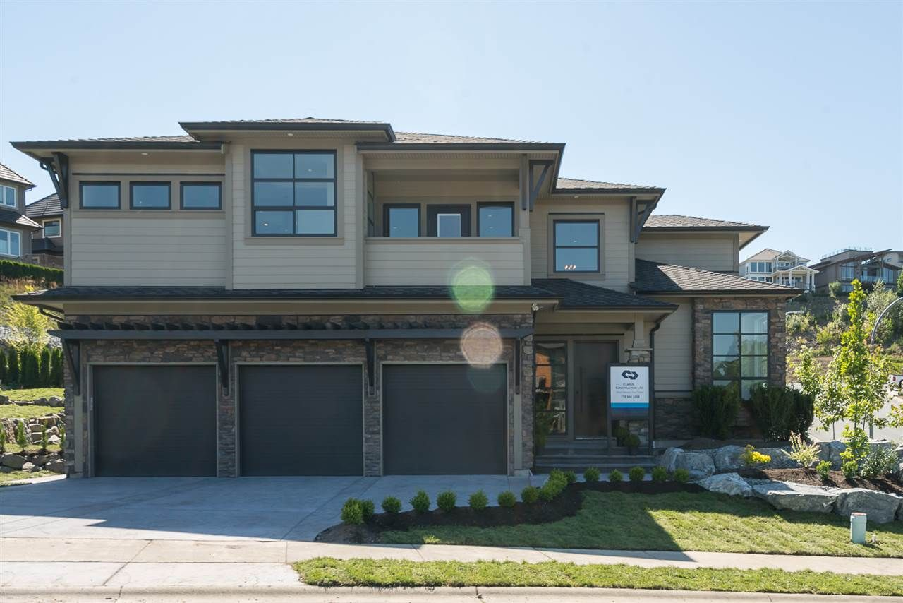 Main Photo: 2725 AQUILA DRIVE in : Abbotsford East House for sale : MLS®# R2183684