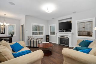 Photo 6: 601 Amble Pl in Langford: La Mill Hill House for sale : MLS®# 832027