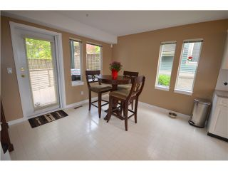 """Photo 4: 18 910 FORT FRASER RISE in Port Coquitlam: Citadel PQ Townhouse for sale in """"SIENNA RIDGE"""" : MLS®# V1007711"""