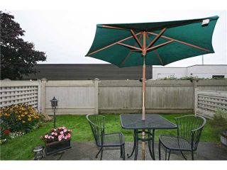 """Photo 10: 12 8540 BLUNDELL Road in Richmond: Garden City Townhouse for sale in """"CATALINA COURT"""" : MLS®# V853733"""
