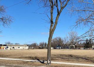 Photo 37: 15 Meadowbrook Road in Winnipeg: Southdale Residential for sale (2H)  : MLS®# 202107336