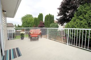 """Photo 9: 9226 210 Street in Langley: Walnut Grove House for sale in """"Country Grove Estates"""" : MLS®# R2385901"""