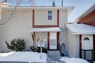 Photo 4: 9 6915 Ranchview Drive NW in Calgary: Ranchlands Row/Townhouse for sale : MLS®# A1072353