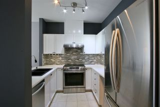 """Photo 6: 404 5605 HAMPTON Place in Vancouver: University VW Condo for sale in """"THE PEMBERLY"""" (Vancouver West)  : MLS®# R2530151"""