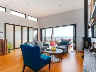 Photo 7: 14608 WEST BEACH Avenue: White Rock House for sale (South Surrey White Rock)  : MLS®# R2535601