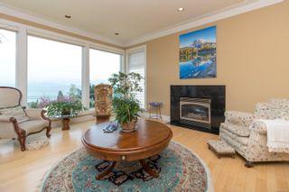 Photo 9: 5064 Lochside Dr in : SE Cordova Bay House for sale (Saanich East)  : MLS®# 873682
