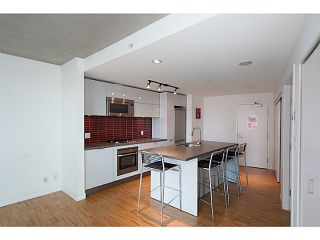 """Photo 9: 1906 108 W CORDOVA Street in Vancouver: Downtown VW Condo for sale in """"Woodwards W32"""" (Vancouver West)  : MLS®# V1121064"""