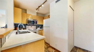 """Photo 4: 506 1003 PACIFIC Street in Vancouver: West End VW Condo for sale in """"SEASTAR"""" (Vancouver West)  : MLS®# R2496971"""