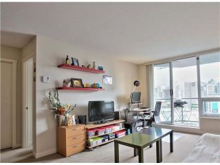 """Photo 10: 1001 1212 HOWE Street in Vancouver: Downtown VW Condo for sale in """"1212 HOWE"""" (Vancouver West)  : MLS®# V1055279"""