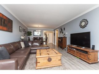 """Photo 7: 136 5641 201 Street in Langley: Langley City Townhouse for sale in """"The Huntington"""" : MLS®# R2409027"""