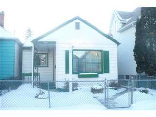 Photo 1: 1608 ALEXANDER Avenue in Winnipeg: Residential for sale (Canada)  : MLS®# 1201967