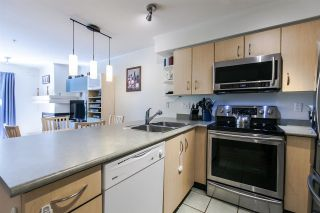 "Photo 4: 209 332 LONSDALE Avenue in North Vancouver: Lower Lonsdale Condo for sale in ""The Calypso"" : MLS®# R2077860"