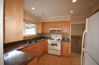 Photo 4:  in Richmond: Home for sale : MLS®# v872870