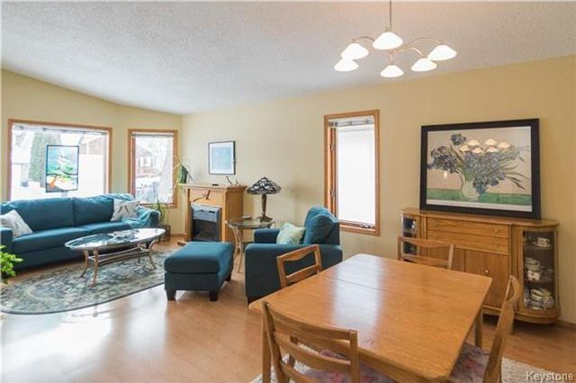 Photo 3: Photos: 67 Bethune Way in Winnipeg: Pulberry Residential for sale (2C)  : MLS®# 1803456
