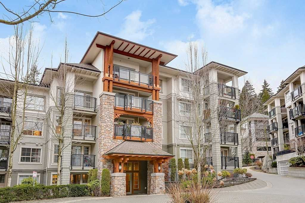 """Main Photo: 305 2958 SILVER SPRINGS Boulevard in Coquitlam: Westwood Plateau Condo for sale in """"TAMARISK"""" : MLS®# R2140612"""