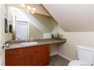 Photo 9: 108 Thetis Vale Cres in VICTORIA: VR Six Mile House for sale (View Royal)  : MLS®# 707982