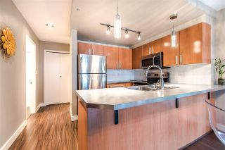 "Photo 7: 305 212 LONSDALE Avenue in North Vancouver: Lower Lonsdale Condo for sale in ""212"" : MLS®# R2408315"