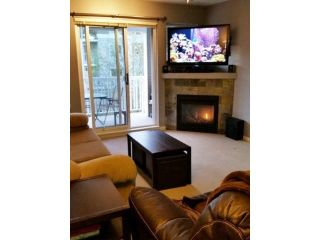 """Photo 9: 308 20750 DUNCAN Way in Langley: Langley City Condo for sale in """"FAIRFIELD LANE"""" : MLS®# F1451341"""