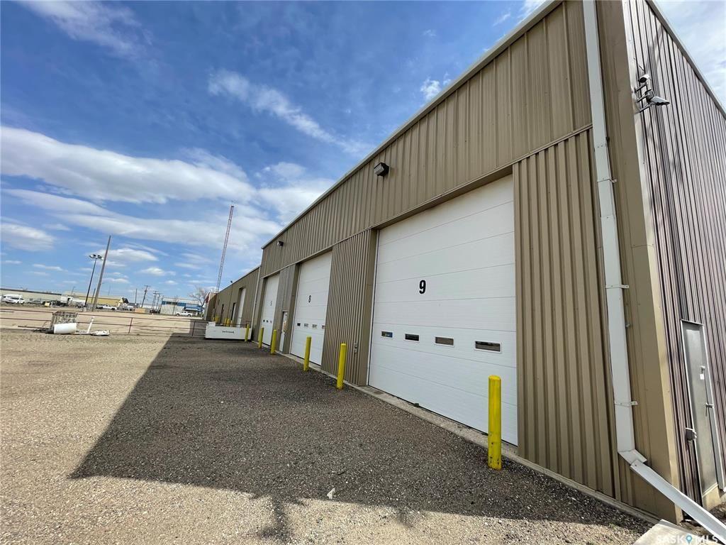 Photo 4: Photos: 2215 Faithfull Avenue in Saskatoon: North Industrial SA Commercial for sale : MLS®# SK852914