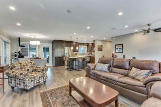 Photo 3: 21436 117 Avenue in Maple Ridge: West Central House for sale : MLS®# R2577009