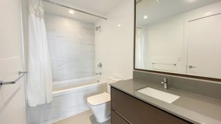 """Photo 12: 2205 4670 ASSEMBLY Way in Burnaby: Metrotown Condo for sale in """"Station Square"""" (Burnaby South)  : MLS®# R2625336"""