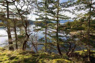 "Photo 2: Lot 27 PENDER LANDING Road in Garden Bay: Pender Harbour Egmont Land for sale in ""Pender Harbour Landing"" (Sunshine Coast)  : MLS®# R2336263"