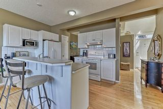 Photo 11: 128 Inverness Square SE in Calgary: McKenzie Towne Row/Townhouse for sale : MLS®# A1119902