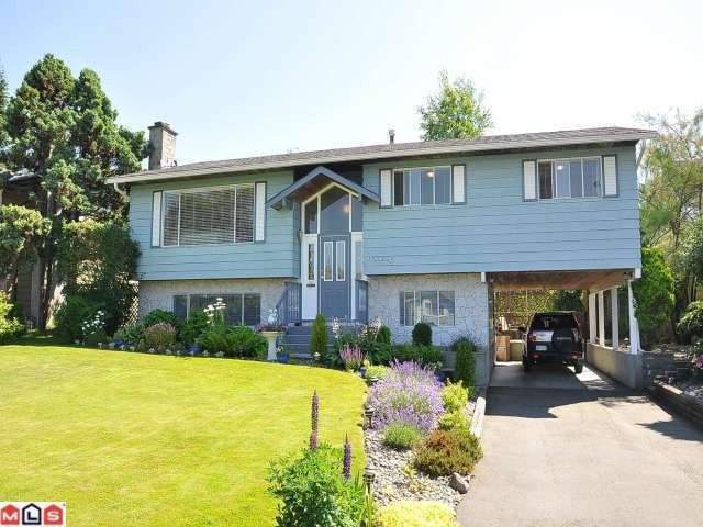"Main Photo: 17030 JERSEY Drive in Surrey: Cloverdale BC House for sale in ""JERSEY HILLS"" (Cloverdale)  : MLS®# F1221554"
